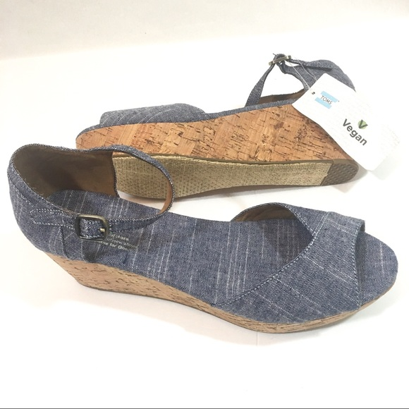 cc9741f09fa Tom s Chambray Wedge Sandals Size 10 NEW